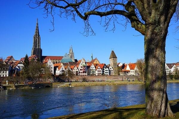 Ulm Donau - Blick auf den Ulmer Münster